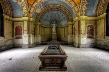 Mausoleum Royal by FotoRuina