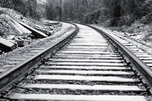 Snow Ahead by EilonwySedai