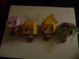 Four vocaloid papercrafts by michanforever