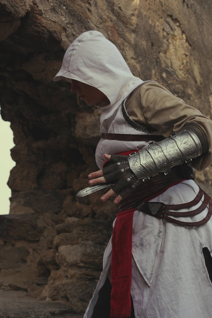 Altair Cosplay 2 by KonanBases2