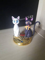Luna and Artemis - Garage Kit by MissMarinette