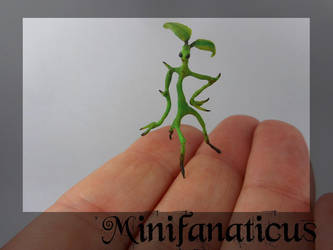 Pickett the Bowtruckle 1:12th by Minifanaticus