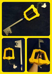 Keyblade prop by MissDwidwi