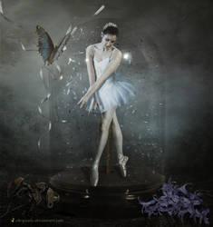 EVERLASTING DANCE.. by chryssalis