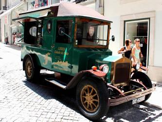 Lisbon 37 by danielcardoso