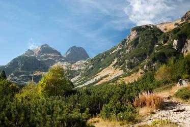 Mountain peaks 2 by TeddyMarkov