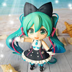 Summer lights. Hatsune Miku Nendoroid Photo by ng9