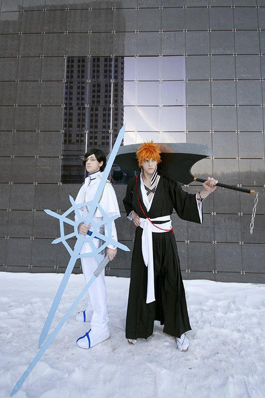 Ishida Uryuu and Kurosaki Ichigo by AmethystPrince