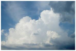 Clouds by Safiru