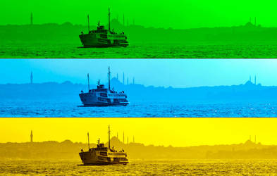 ferry and historical peninsula by fotouur