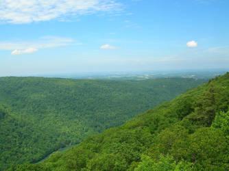 Green Hills of WV by UtharWynn