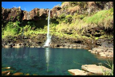 Pe'epe'e Falls by daydrop