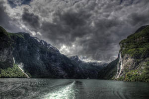 Geiranger fjord II by Azagh