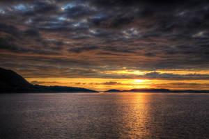 Norvegian sunset I by Azagh