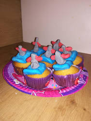 Scootaloo's SUPER-Difficult Stunt special cupcakes by CMC--Scootaloo