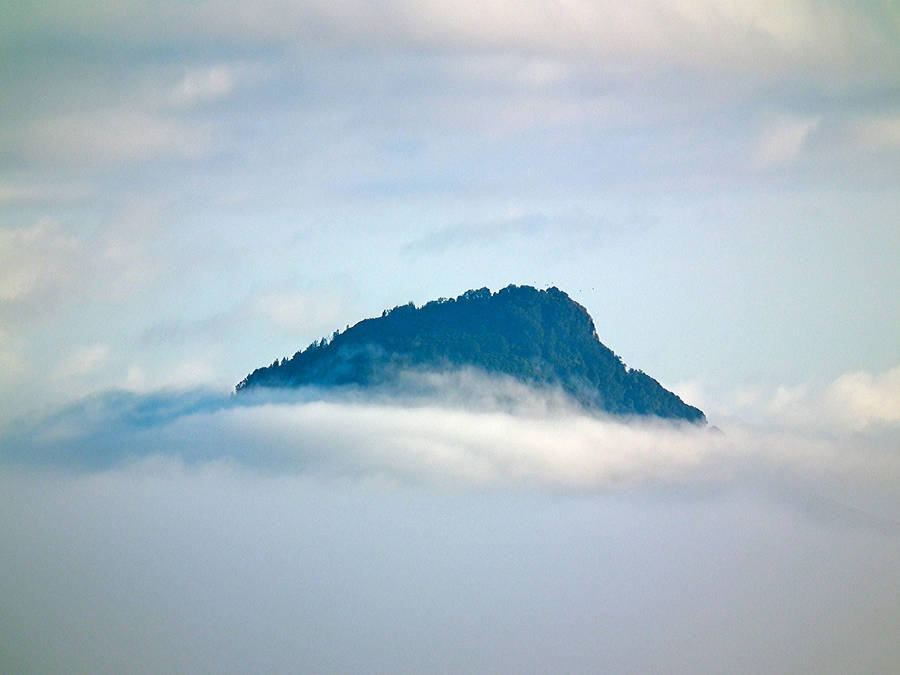 Mount in the Mist 1 by eRiQ