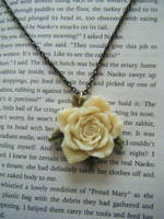 Rose Pendant - Cream by vanessAHHHH