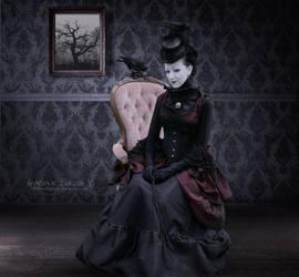 lady crow by Creamydigital