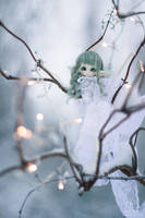 light snow fall by amomiu
