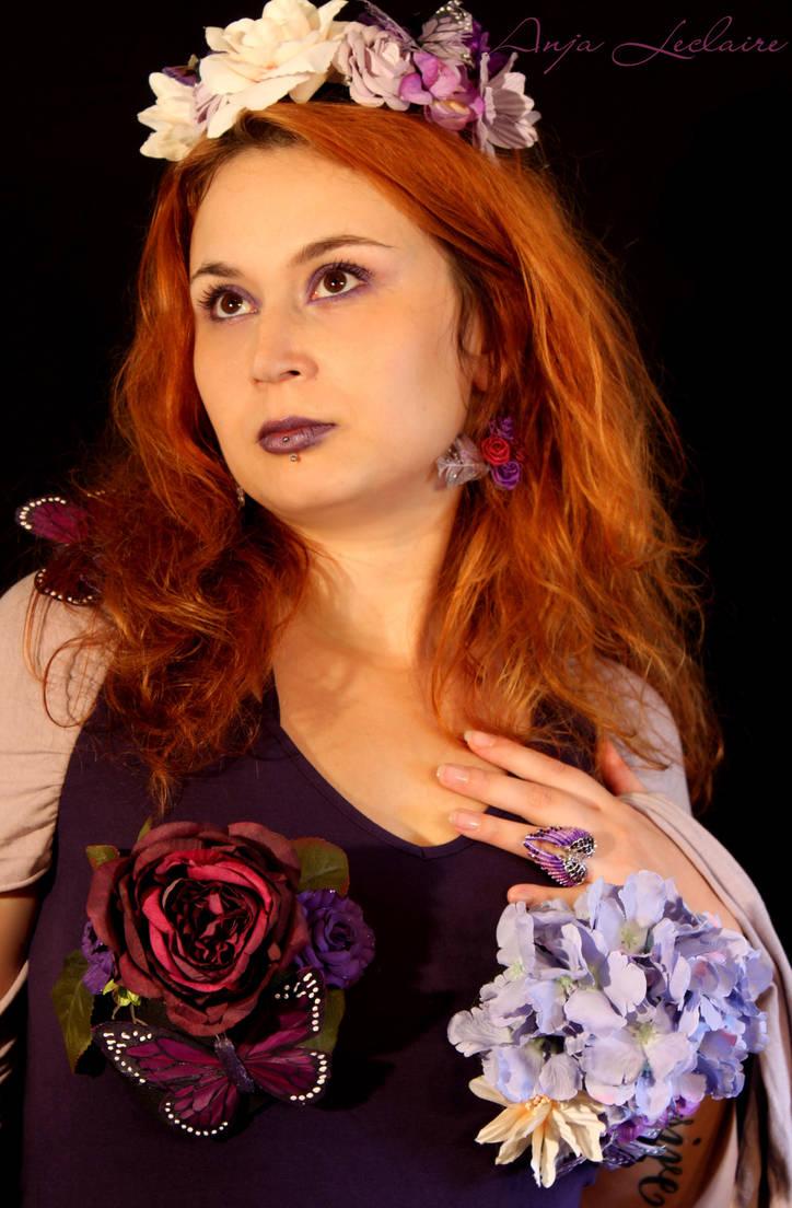 Purple Flowerpower by SymphonicA19