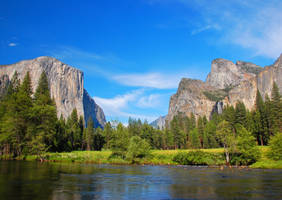 Yosemite Valley View by thefr33lancer
