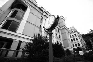 clock by aadaastra
