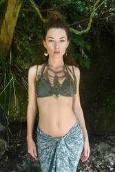 Zena Rose - chained 3 by wildplaces