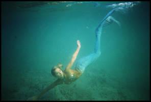 Mermaid submerged 4 by wildplaces