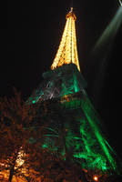 Eiffel tower by josselin94