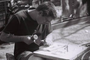 sculptor at beaubourg by josselin94
