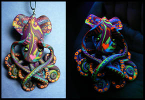 Wicked Blacklight Squid by BlackMagdalena