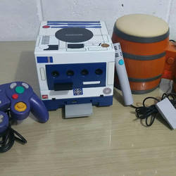Gamecube R2d2 Front by reyck