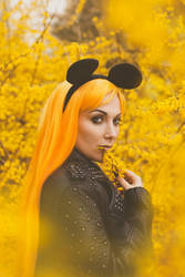 Golden Haze by lucylle