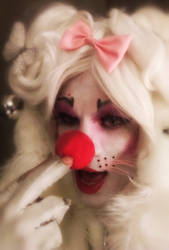 Would you like me more clownish? by Kittenboy