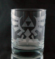 Legend of Zelda Triforce Etched Glass Tumbler by LillyInverse