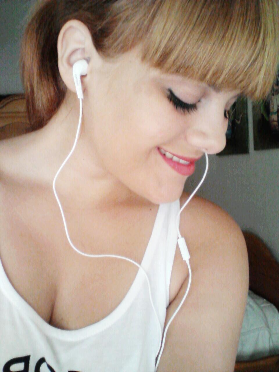 Claudia-91's Profile Picture