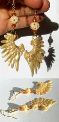 Golden Wing Earrings by Sturmdaemonin