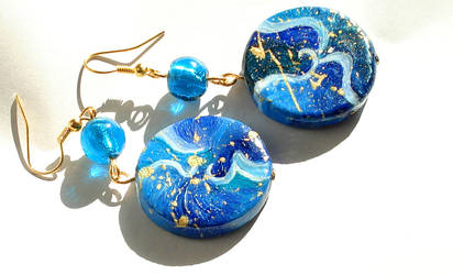 Blue Disk Earrings by Sturmdaemonin