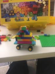 A lego spinning car by Cutiesaurs