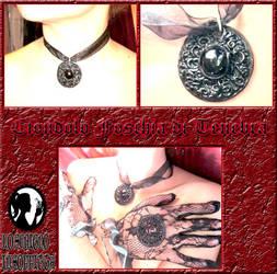 Vampire Pendant by Tamiyo-Cosplay