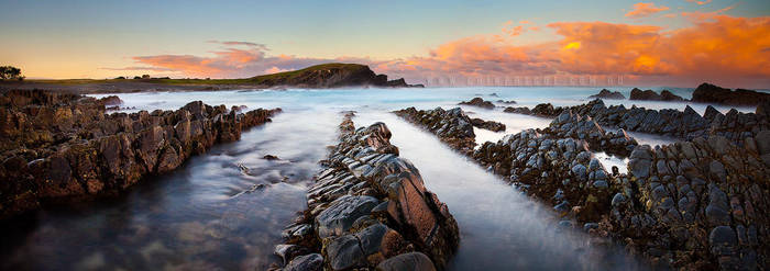 A Crescent Shoreline by CainPascoe