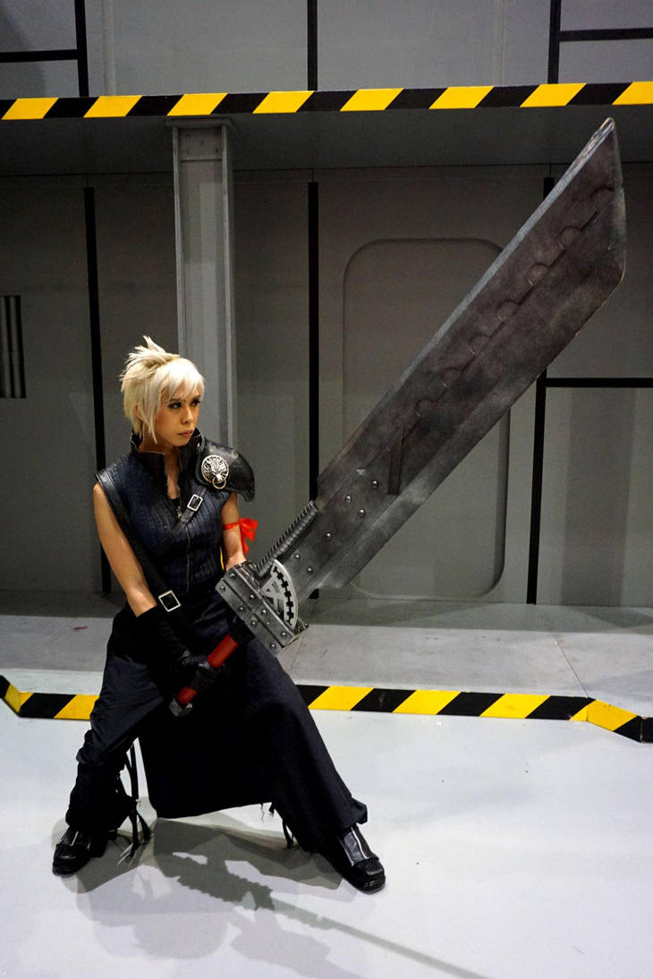Cloud Strife by DancingFighter