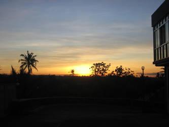 The Sun Sets by mitskihikari