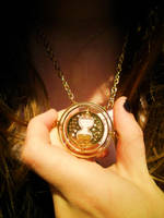 Time turner by Luppi-Lu
