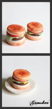 Burger by GumshoeBear