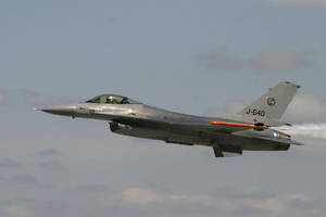 F-16 slowing for high-alpha by cnv