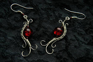 Wire wrapped silver earrings by cnv