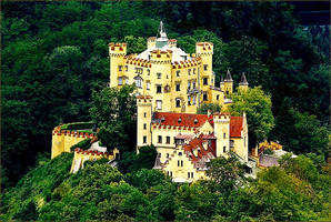 Hohenschwangau Castle, Bavaria by haloeffect1