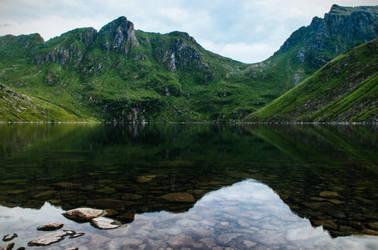 Hidden lake by mabuli