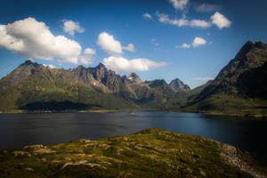 Mountainscape II by mabuli